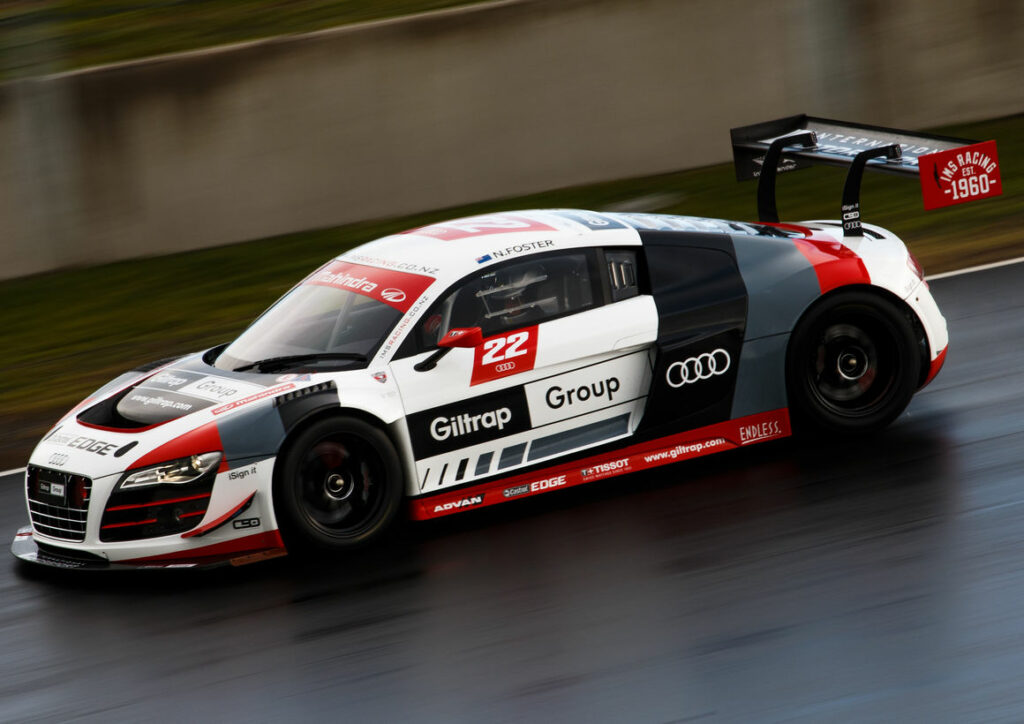 Audi R8 LMS ultra #22 (International Motorsport), Neil Foster